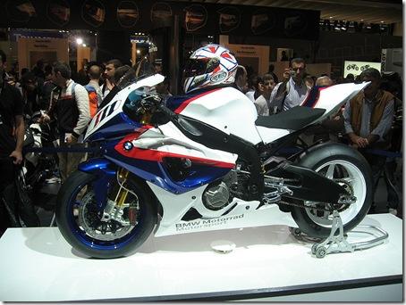 800px-BMW_S1000RR_