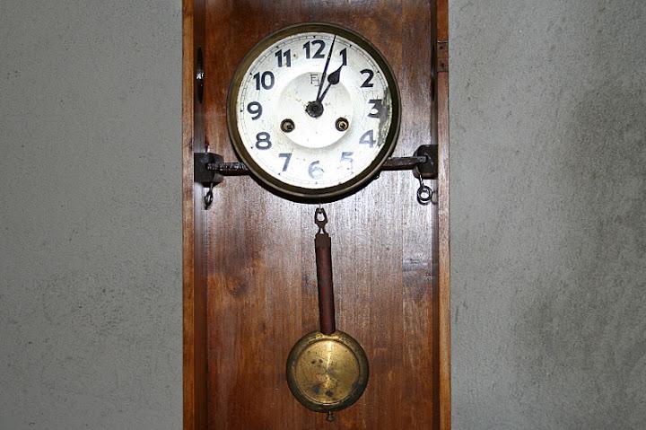 regolazione orologi a pendolo