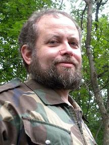 """Лагерь """"Зелёный Форт"""", около 6.00, писатель Владимир Свержин"""