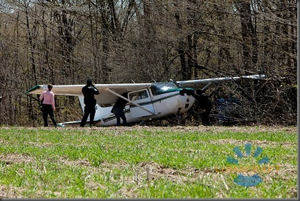 burlington_May 5, 2011 A Cessna 172 airplane with four people on board made an emergency landing in a farmer's field behind Corpus Christi Catholic Secondary school. David A. Gilmour LPPO_MG_1975