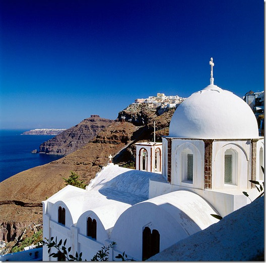 Greece, Ellás, Aegean Islands, Cyclades, Santorini Island, Thíra, Thira, Fira, Thíra, view towards the town