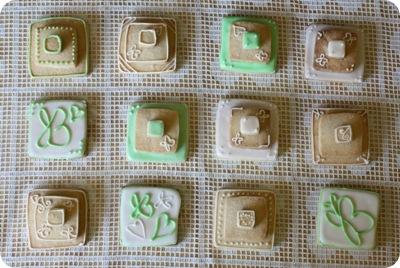 stackedweddingcookies08