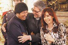 Paraguay y Bolivia en paz (lunes 27 de abril)
