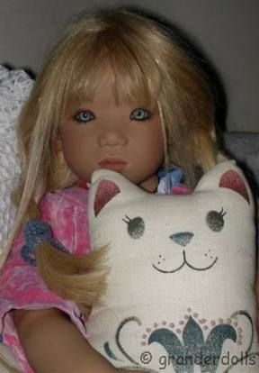 Annette Himstedt doll Runi Girl from Iceland 2000 Kinder