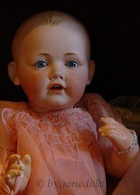Antique bisque doll Hilda JDK Jr. 1914 Germany closed dome