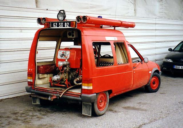 C15 pompiers (ou c'est trop ,moderne pour le forum?) C15_pompiers