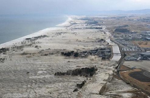 Costa de Iwanuma, Miyagi. 11/03/2011. Foto: Kyodo/Reuters