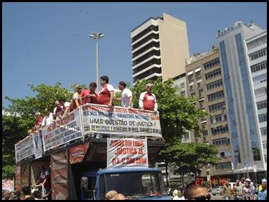 Segunda caminhada pela PEC300-2008 em 27-09-2009 em Copacabana 034