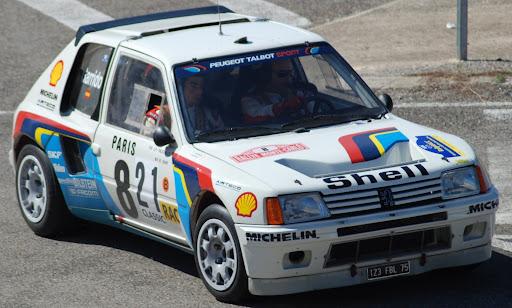 precioso Peugeot 205 T16