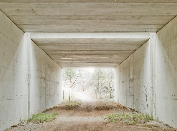 Architecture Photography-Under the road