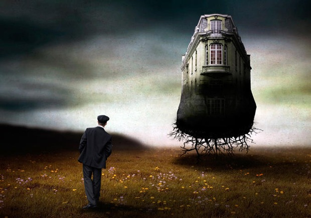 Surreal-image-manipulation-House