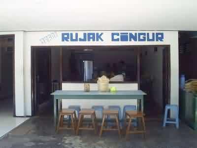 warung that sells rujak cingur