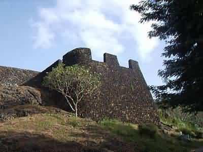 Aru Palaka Cave