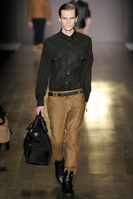 Trussardi 1911 Fall 2011-2.jpeg
