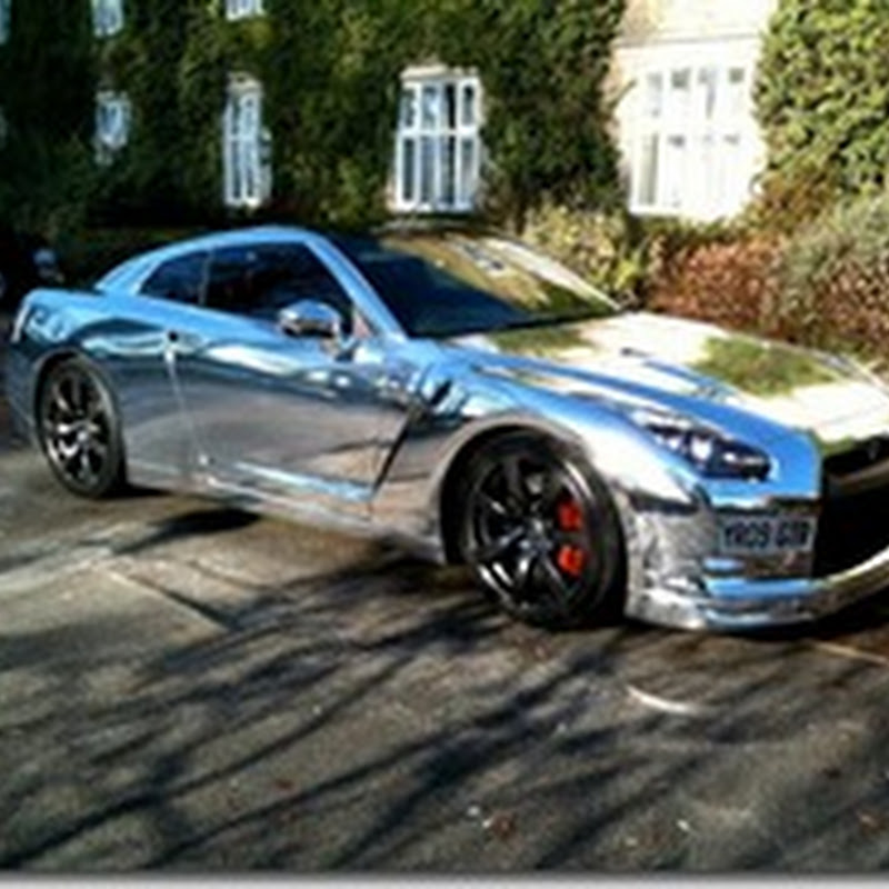 Chrome wrapped Nissan GT-R