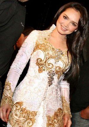 Malaysia Beautiful Singer: Siti Norhaliza