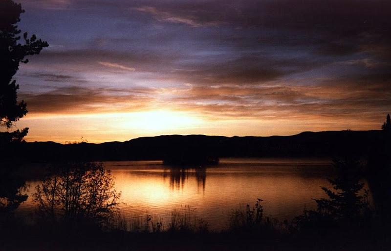 Eagan_Lake_Sunrise.jpg