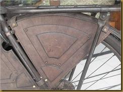 Pemasangan cover roda1
