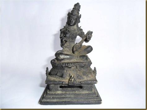 Patung perunggu Dewi Tara