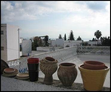 Meditteranean rooftop pots11-02-10-01-23-13H