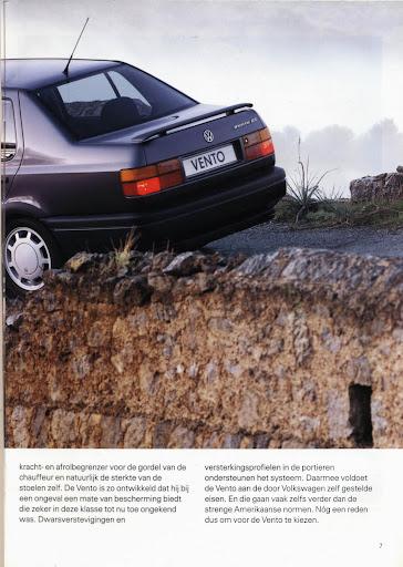 volkswagen_vento_1992_07.jpg