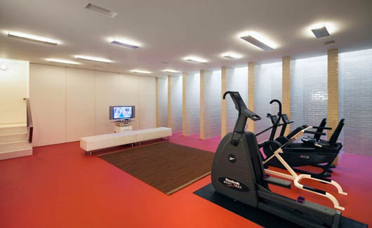 Luxury House Design Sport Room