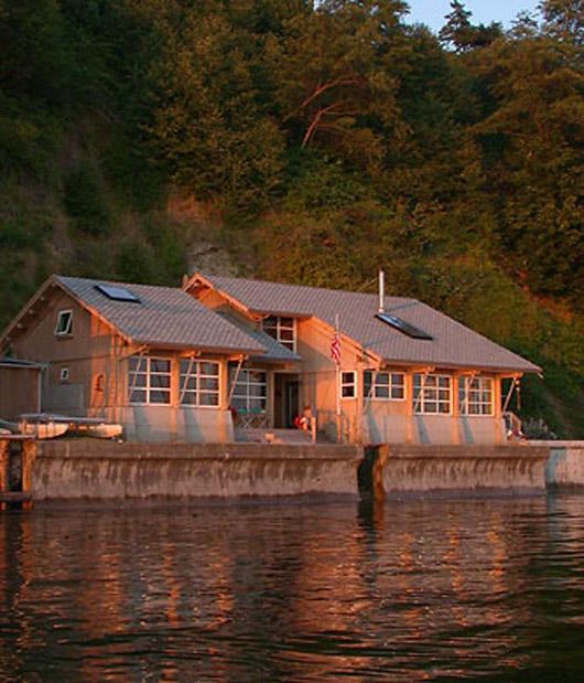 beach cabin wooden architecture minimalist home