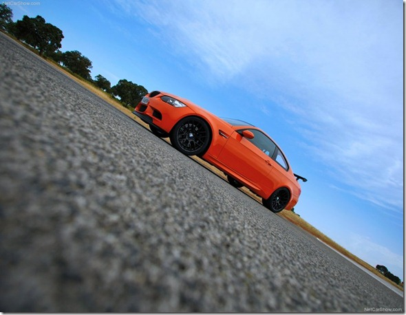 BMW-M3_GTS_2011_1024x768_wallpaper_14