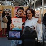 Με την καλή φίλη Στέλλα Σπανού και το βιβλίο της που πήρε διεθνές βραβείο φωτογραφίας. Συγχαρητήρια!