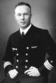 Picture of Commander Paul Ascher