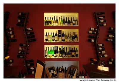 winebiss_vystavka_lahve