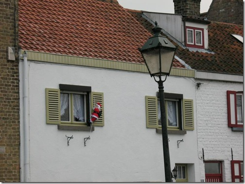 santa shutter