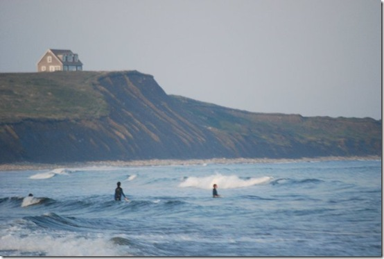 NS surfers