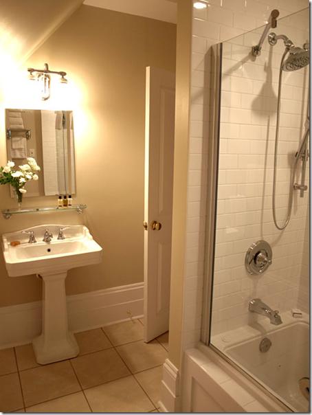 Room 5 bath