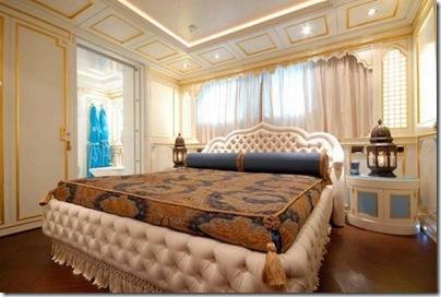 Os  interiores de luxuosos iates 25