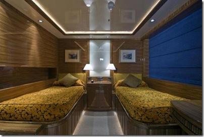Os  interiores de luxuosos iates 10