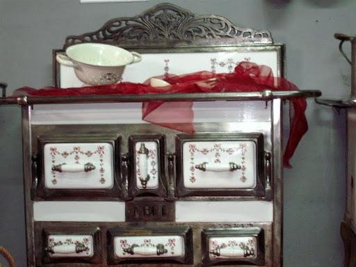 antike m bel zu verkaufen oldtimer durben. Black Bedroom Furniture Sets. Home Design Ideas