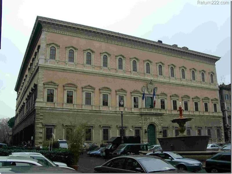 800px-Palazzo_Farnese