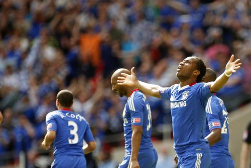 Chelsea's Didier Drogba celebrates his goal for 1-0