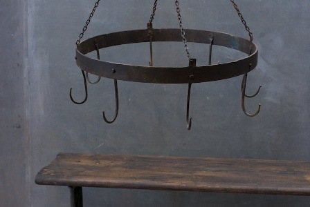 759_1253french-blacksmith-iron-pot-hanger2