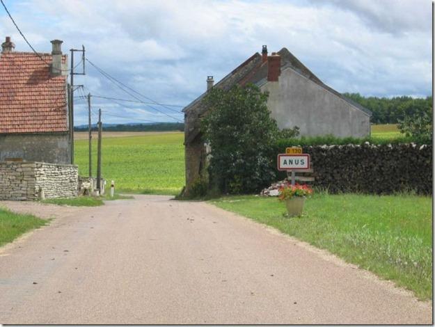 village anus