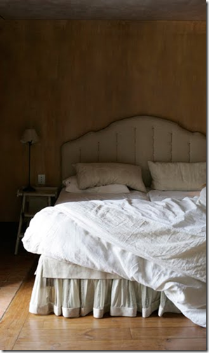 linen &amp; lavender blog- bedroom with sheer and solid bedskirt