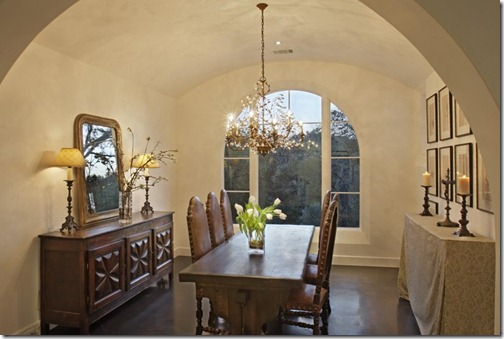 3939 Balcones Austin- dining room