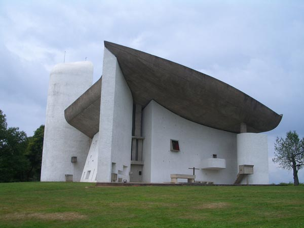 Top fifteen church architectures in the World