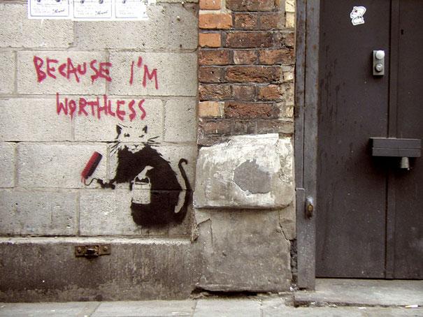http://lh4.ggpht.com/_9F9_RUESS2E/SsTEeJB3rBI/AAAAAAAABPU/hIhi7n2WngM/s800/banksy-graffiti-street-art-Worthless3.jpg
