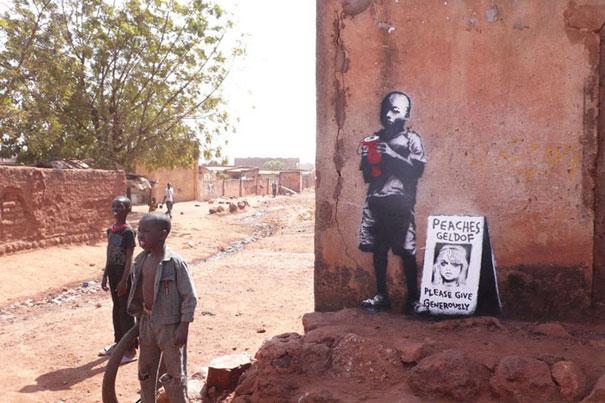 http://lh4.ggpht.com/_9F9_RUESS2E/SsTHjLCLUoI/AAAAAAAABP0/-N3244YNiwI/s800/banksy-graffiti-street-art-peaches.jpg