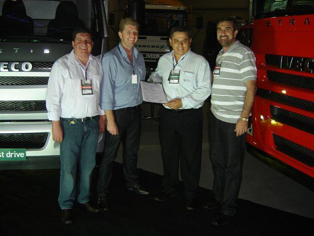LOGISTIQUE - Feira gera visibilidade e alavanca negócios para a Carboni Iveco Logistique%20031