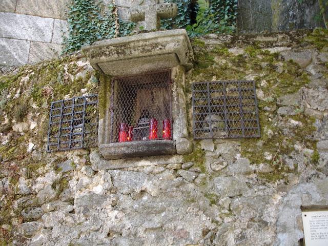 Calaveras en la Iglesia de la Alberca, las Batuecas Salamanca