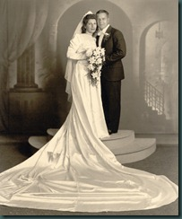 mom-dad wedding portrait