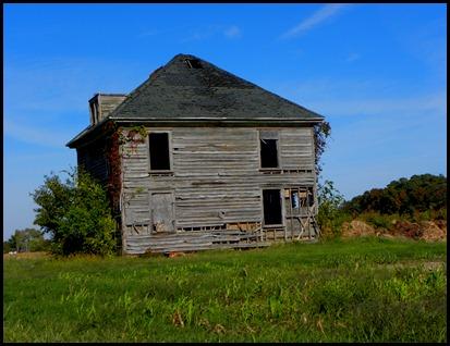 old farmhouse103010 (7)